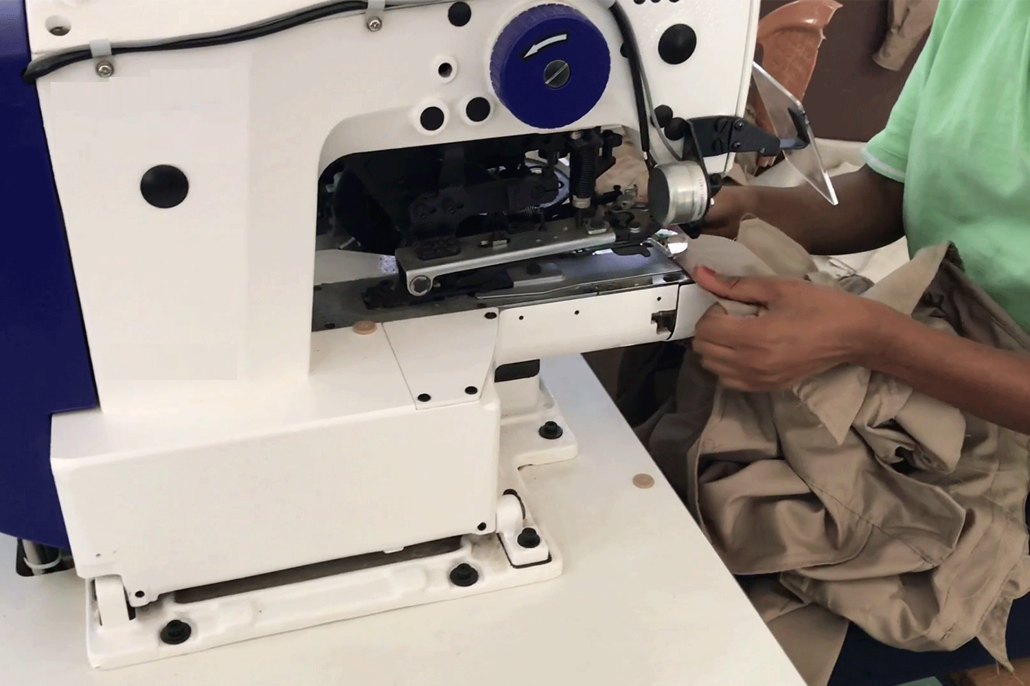 14_4.sewing-machine_garment-project-(3)