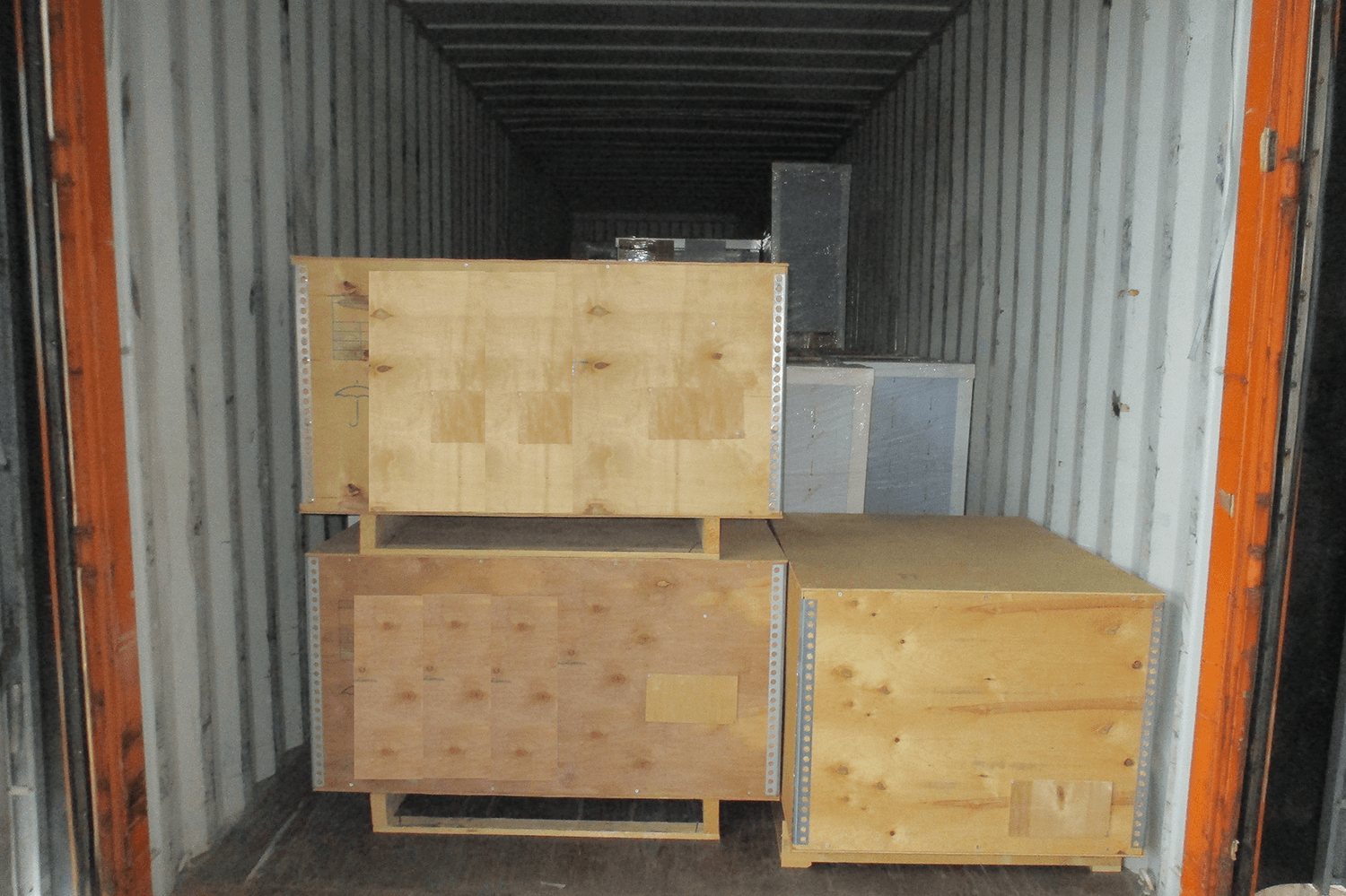 5.loading_hotel furniture_equipment project (4)