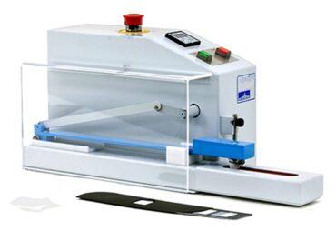 laboratory_0005_electronic crock meter