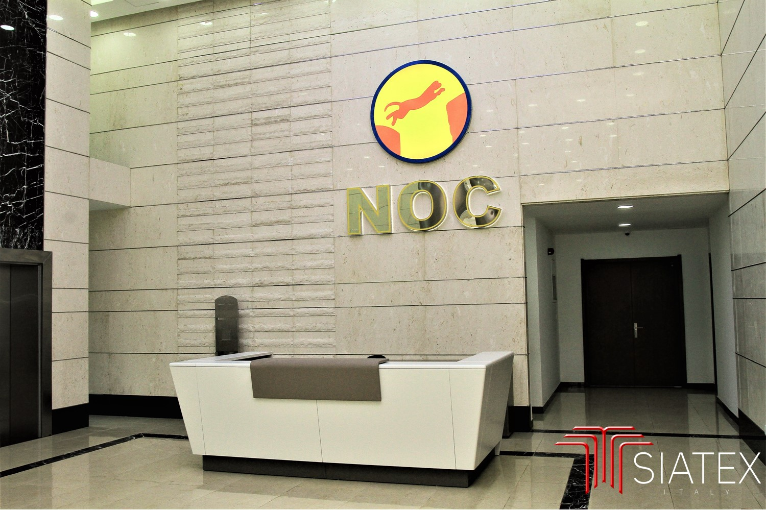2.office furniture project_entrance reception_sofa_signage (2)